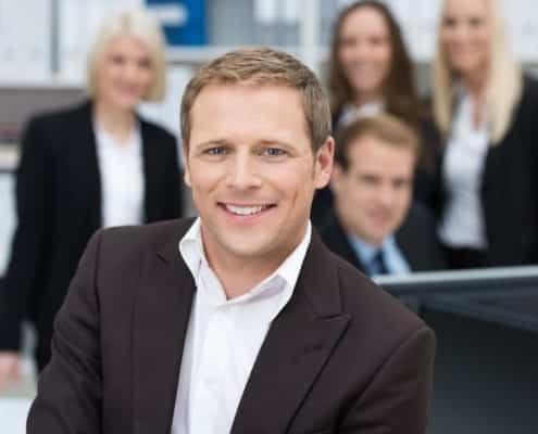 Anwälte und Steuerberater haben eine wichtige Rolle in einem Sanierungsverfahren.