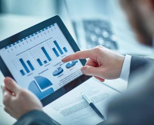 Unternehmerische Entscheidungen brauchen Klarheit im Controlling. Ein Liquiditäts-Cockpit ermöglicht maximale Sicherheit.